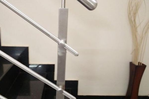 handrail23E6D1798-A7F2-BA8E-1189-8BC4304F9D83.jpg