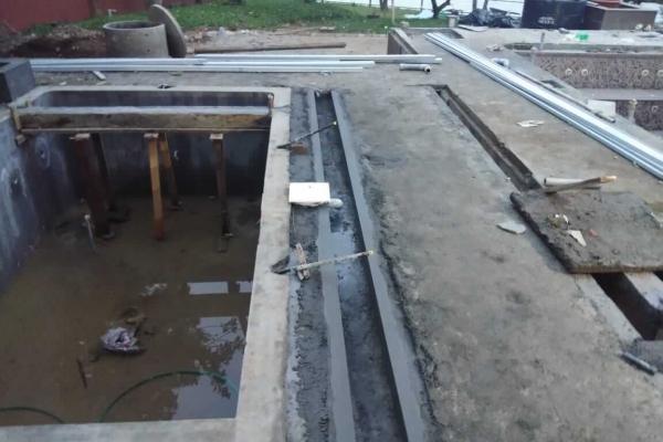 koi-fish-pond-construction-5F51AC15C-805C-2CD1-99A3-22B025DF4BB9.jpeg